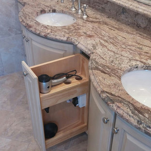 Traditional Spa Bathroom