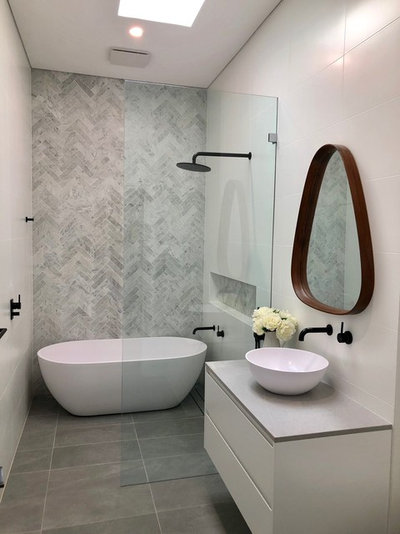 Contemporain Salle de Bain by Prue Ireland Interiors