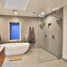 Contemporary Bathroom by Ellis Architects