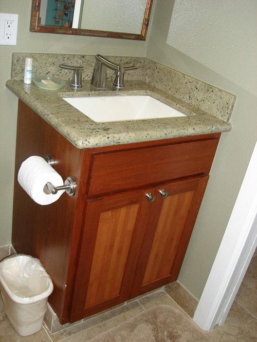 badezimmer mit terrakottaboden und grauen w nden ideen. Black Bedroom Furniture Sets. Home Design Ideas