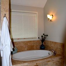 Bathroom by Anthony Company Builders LLC