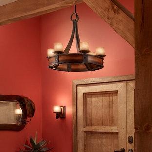 Ispirazione per una grande stanza da bagno padronale country con lavabo rettangolare, ante di vetro, ante grigie, vasca ad angolo, doccia ad angolo, WC monopezzo, piastrelle grigie, piastrelle a mosaico, pareti rosse e pavimento in legno massello medio