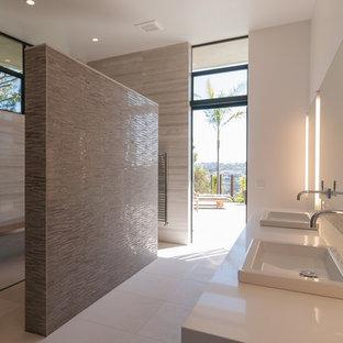 Grande salle de bain moderne : Photos et idées déco de salles de bain