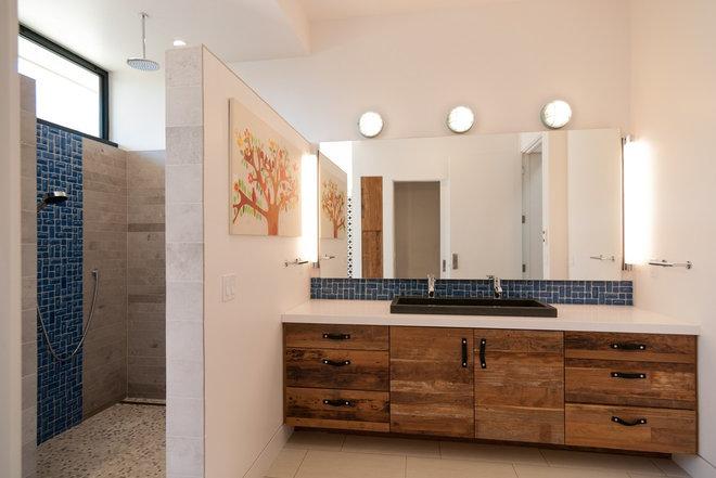Modern Bathroom by KW Designs