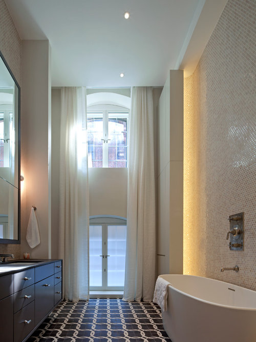 High ceiling bathroom houzz for 6ft bathroom ideas