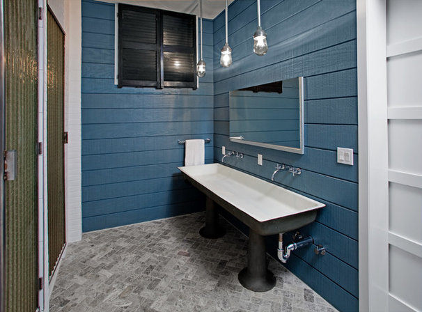 Industrial Bathroom by threshold interiors