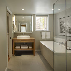 Contemporary Bathroom by Rasmussen / Su Architects