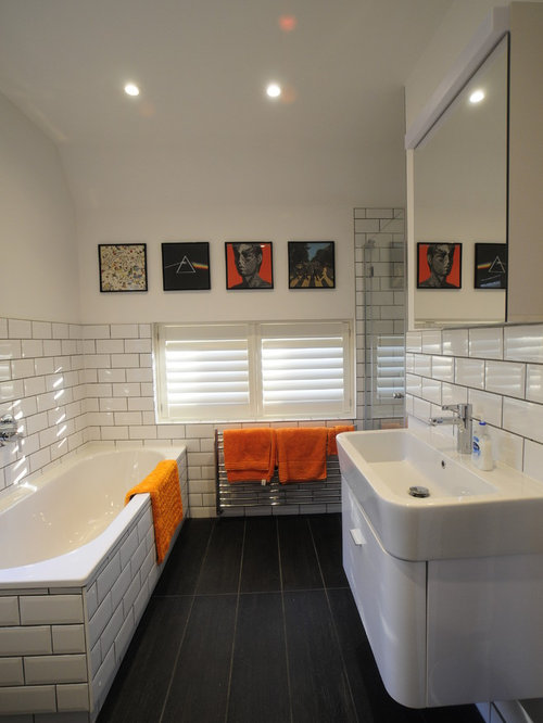 White tile tub surround home design ideas pictures - Carrelage metro salle de bain ...