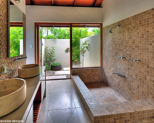 Tropical bathroom design ideas pictures remodel decor for Tropical bathroom ideas