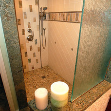 Tropical Bathroom by Brooke Eversoll, CKD, CBD