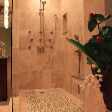 Tropical Bathroom by marten g remodels