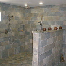 Traditional Bathroom by LIFESTYLE KITCHENS by The Kitchen Lady