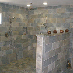 traditional bathroom by THE KITCHEN LADY, Enriching Homes With Style