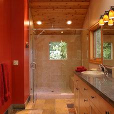 Eclectic Bathroom by Giulietti Schouten Architects