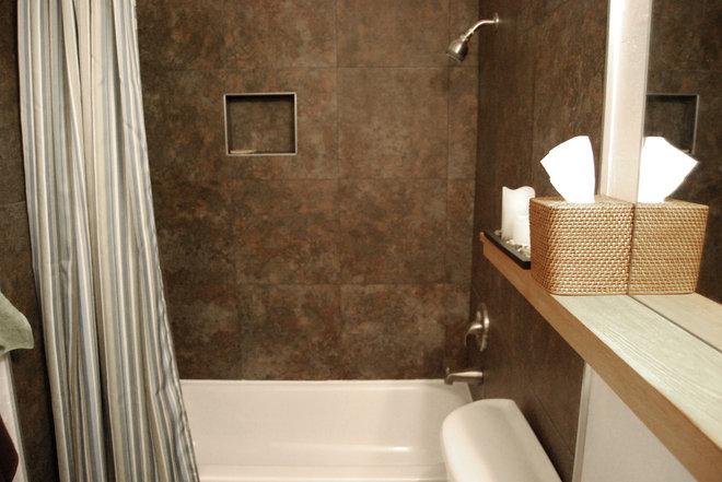 Modern Bathroom by Rob Barberio