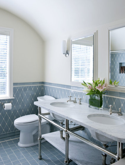 Traditional Bathroom by LDa Architecture & Interiors