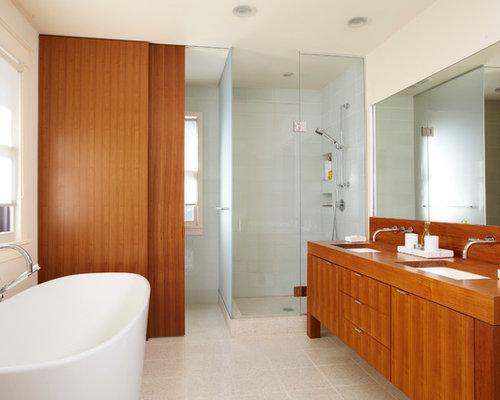 Best modern english tudor style bathroom design ideas for Tudor bathroom design