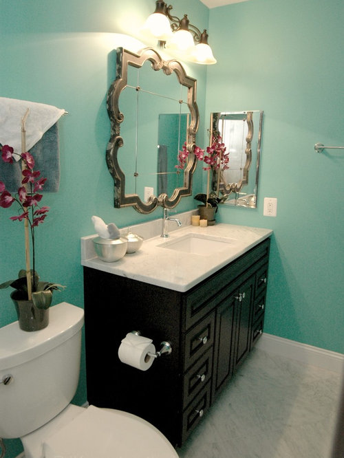 Turquoise bathroom houzz for Turquoise and grey bathroom accessories