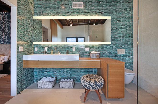 Contemporary Bathroom by Jeri Koegel Photography