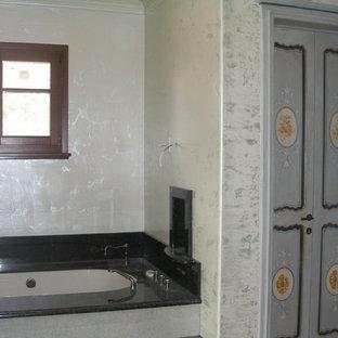 Example of a tuscan bathroom design in San Francisco