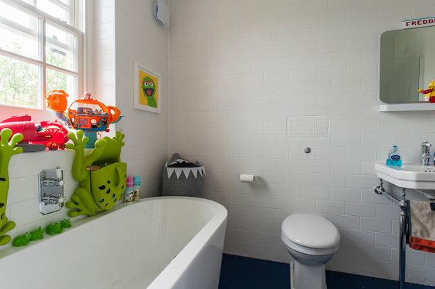 Bathroom by Morgan Harris Architects Ltd