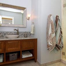 Traditional Bathroom by Suzie Atkin, AKBD/Neil Kelly