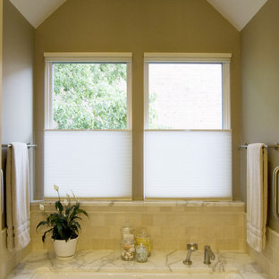 Inspiration for a contemporary subway tile bathroom remodel in Chicago