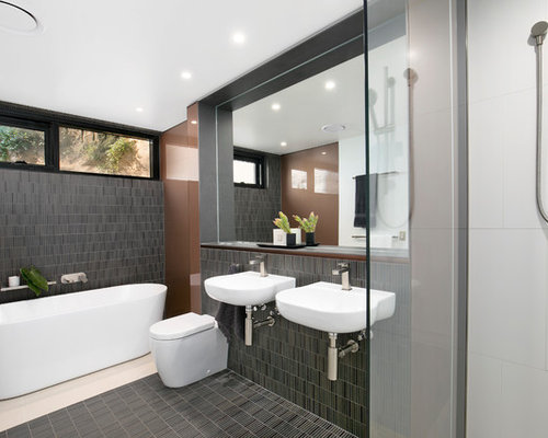design ideas for a contemporary master bathroom in sydney with onepiece toilet29 contemporary