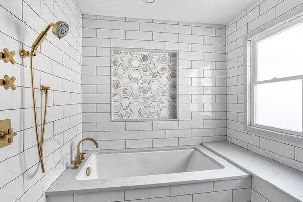 Bathroom by KraftMaster Renovations