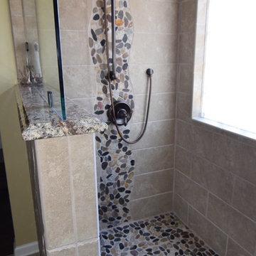 Unique doorless shower design