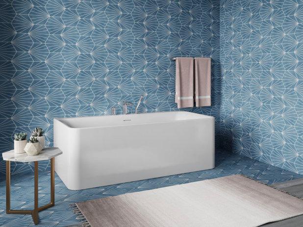 Bathroom Unwind bathtub by Kohler