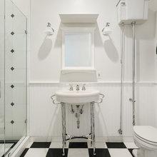 Black x White Bathrooms