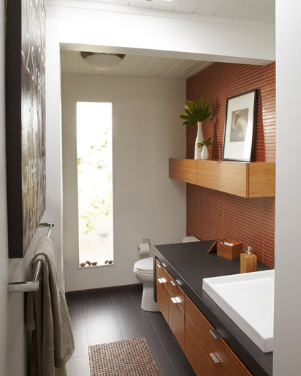 Modern Bathroom by Pamela Pennington Studios