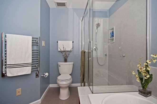 Contemporary Bathroom by Mosby Building Arts