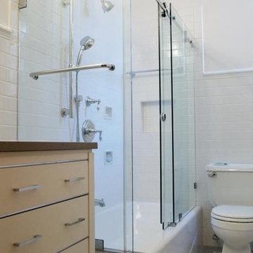 Upper West Side, NYC: Light, Bright Bathroom Remodel