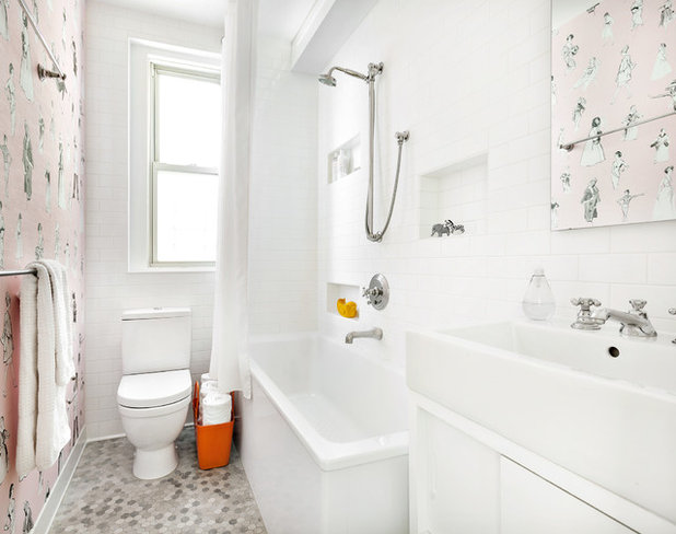 Contemporary Bathroom by weetu