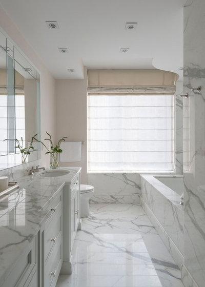 Classico Stanza da Bagno by Interiors by Royale