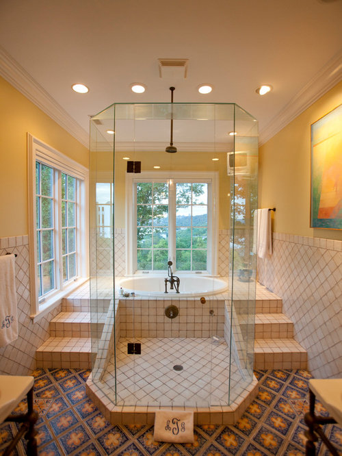 Tiled shower idea houzz for Master bathroom designs