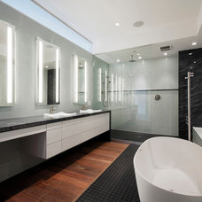 Modern Bathroom by HAUS | Architecture For Modern Lifestyles