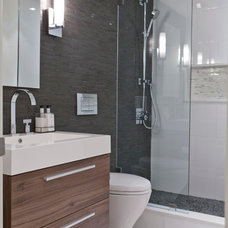 Contemporary Bathroom by BiglarKinyan Design Planning Inc.