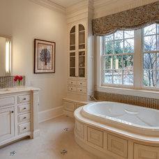 Traditional Bathroom by Lu-Tek Inc.