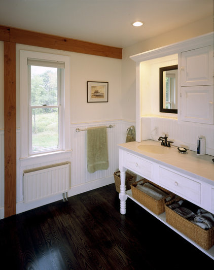 Rustic Bathroom by Habitat Post & Beam, Inc.