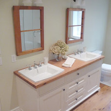 Traditional Bathroom by Build Stratford