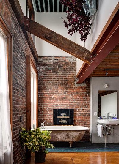 10 Gorgeous Exposed Brick Bathrooms