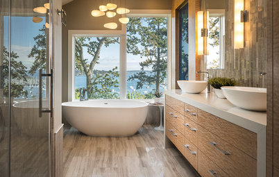 Room of the Day: A Bathroom Suite Dressed to the Nines