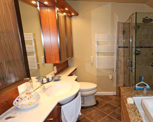 Mid-sized contemporary master corner shower idea in Boston with glass ...