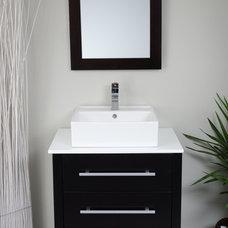 Contemporary Bathroom by modernbathrooms.ca