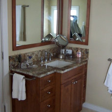 Bathroom by Floridian Design Custom Cabinetry
