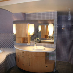 contemporary bathroom by Hellenbrand Glass, LLC