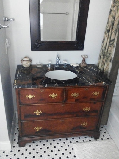 Lovely Bathroom Vanity Roundup